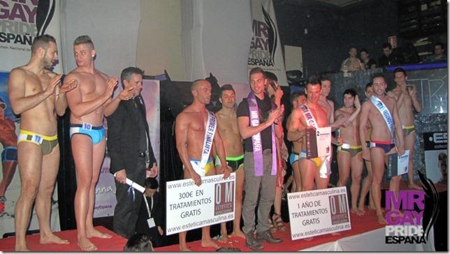 Entrega de premios durante la Gala de Mr. Gay Murcia 2012
