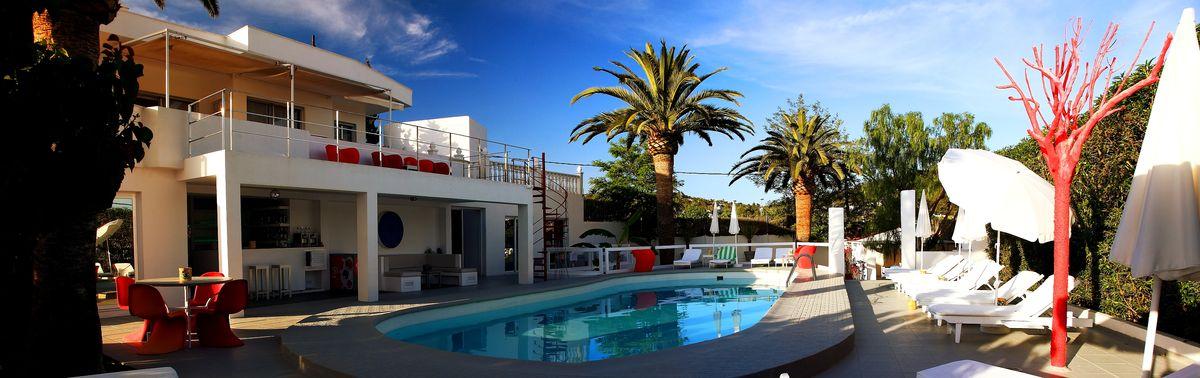 Hotel-CasaAlexio-Fotos-piscina-1