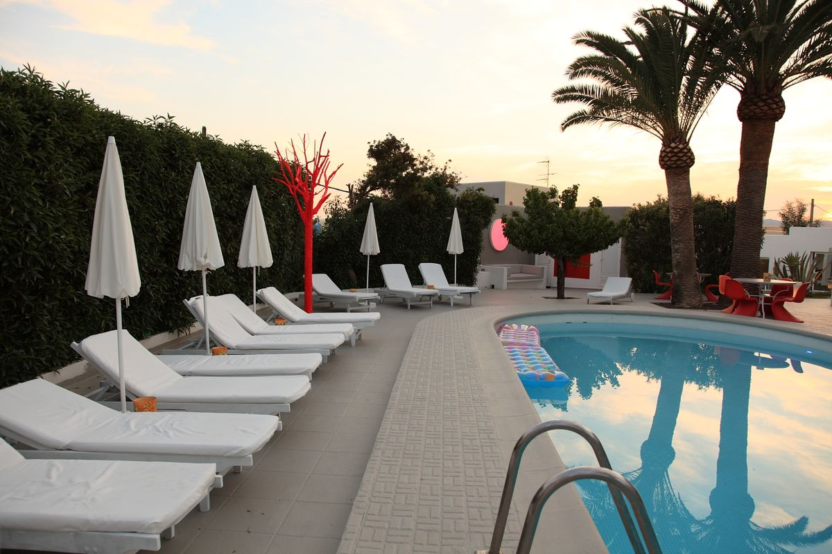 Hotel-CasaAlexio-Fotos-piscina-2